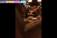 แอบถ่ายคู่วัยรุ่นขี้เงี่ยนแอบเย็ดกันในร้านอาหาร