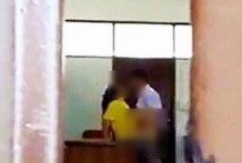 ด่วนคลิปเด็กลำปางมีเซ็กซ์ในห้องเรียน เพื่อนแอบถ่ายส่งให้ครูทำหลุดทั่ว 8/03/2559