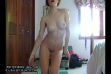 สาวSEXY ตั้งกล้องถอดผ้าเปลือยเต้นโชว์ในบ้านหุ่นแบบนี้นางแบบเรียกน้อง