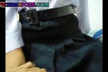คลิปหลุดเด็กนักเรียนไทยคอซองโยกควยคาชุด
