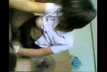 คลิปหลุดใหม่เด็กสาวพาณิชย์โดนแฟนหนุ่มเทคนิคพามาเย็ดในห้องเช่าขึ้นโยกคาชุด
