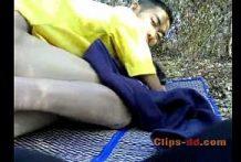 คลิปโป๊ทางบ้านเด้กนักเรียนมอต้นแอบหนีเรียนไปตั้งกล้องเย็ดกันในป่ามาใหม่2018