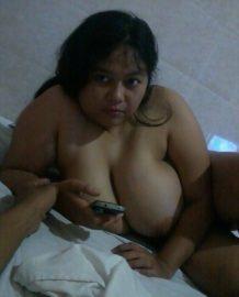นมสาวอ้วนใหญ่มาก