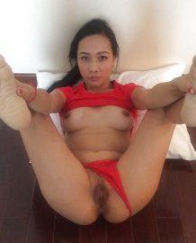 รูปโป๊ 18+ Thaipicxxx สาวชุดแดงอ้าหีโชว์