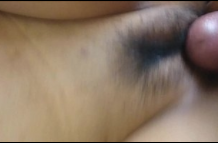คลิปโป๊ทางบ้านเย็ดสาวอวบแคมหีอูม ๆ หมอยปกคลุมเล็กน้องโดนเอาสด