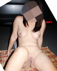 รูปโป๊โชว์หีในลาดจอดรถโรงแรม