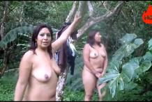 คลิปโป๊หลุดแนวเอ้าท์ดอร์จากกลุ่มลับเข้าไปเดินเปลือยกายในป่าหุ่นอวบๆ