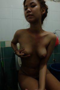 โชว์หีในห้องน้ำ ภาพโป๊ไทย2563