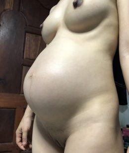 รูปโป๊เปลือยสาวท้องทางบ้านไทยหีกำลังขยาย